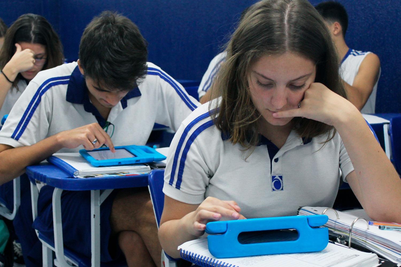 'Darwin Invest' apresenta o mundo do mercado financeiro aos alunos